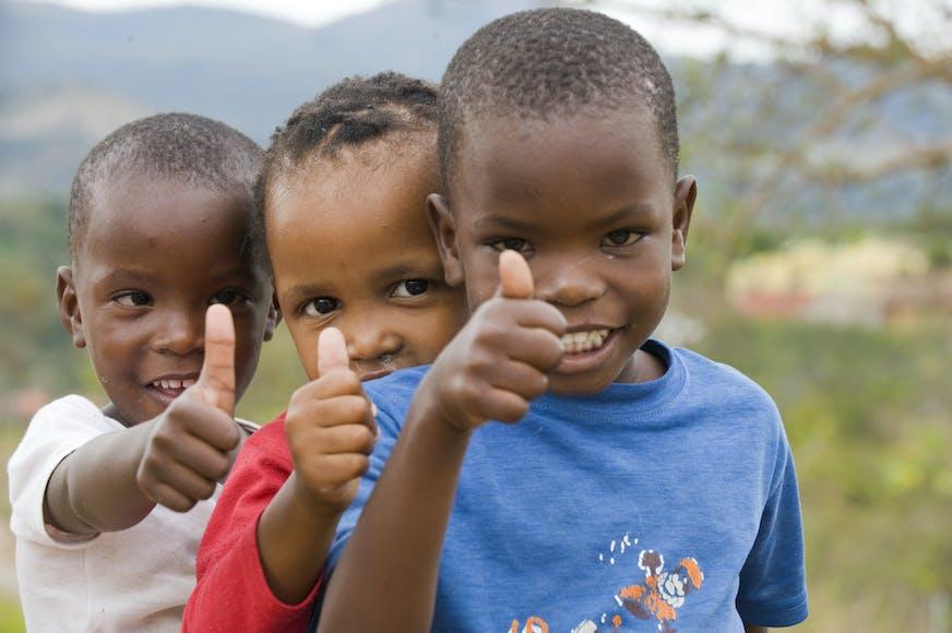 Post suren, SOS Kinderdorpen