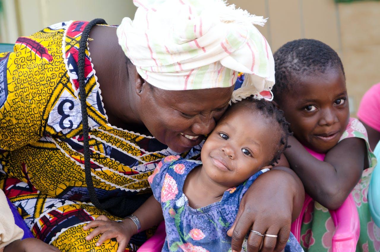 SOS moeder, Afrika, SOS Kinderdorpen