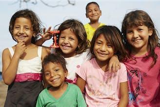 Ecuador - een groepje lachende kinderen