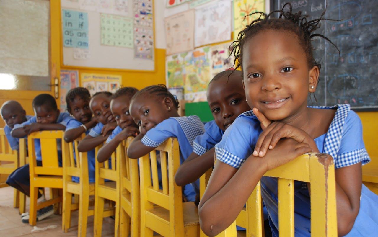 Onderwijs school kinderen op een rij