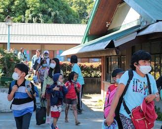 Evacuatie uit kinderdorp Lipa